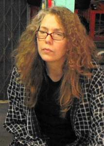 Elizabeth Lisa Petrulis head and shoulders in studio 2013